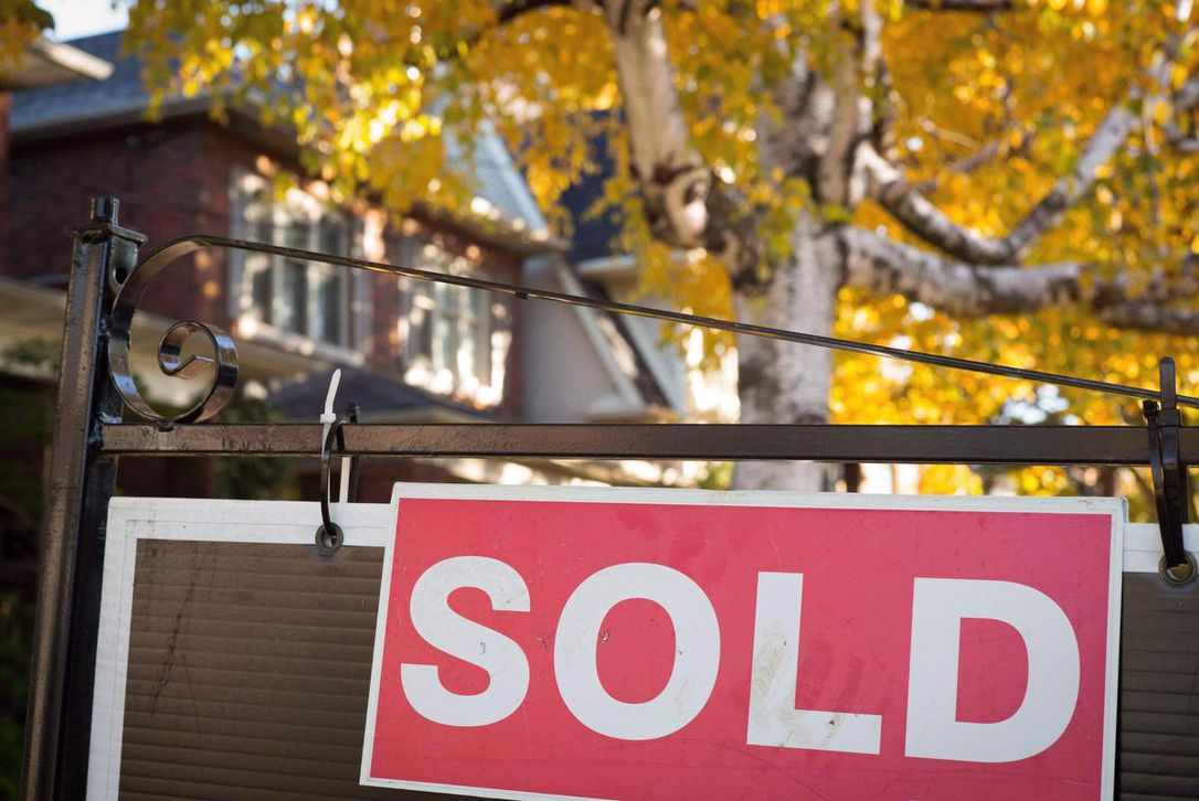 New forecast says 2021 will be second-best year ever for Toronto Home Sales